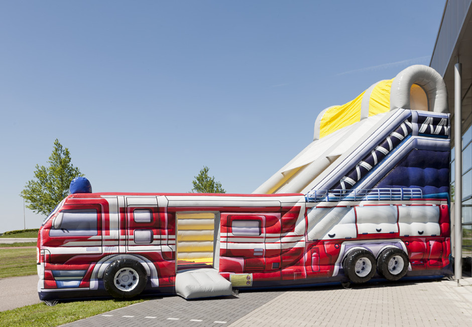 inflatable fire truck slide 07 940x652